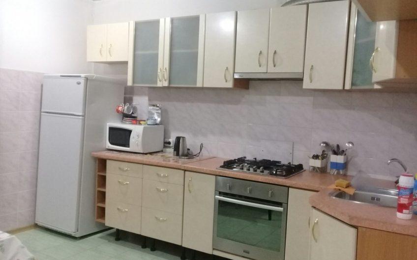 3-комнатная квартира, ул. Холостякова, 16