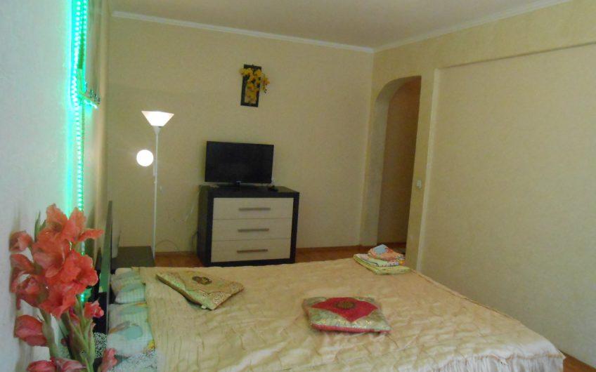 1-комнатная квартира, пр-т Черняховского, 6-1