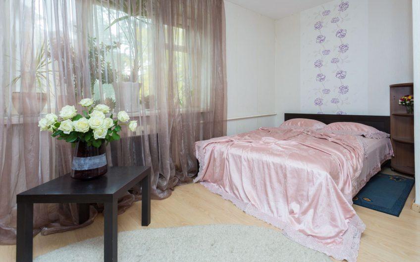 1-комнатная квартира, ул. Золотая горка, 13