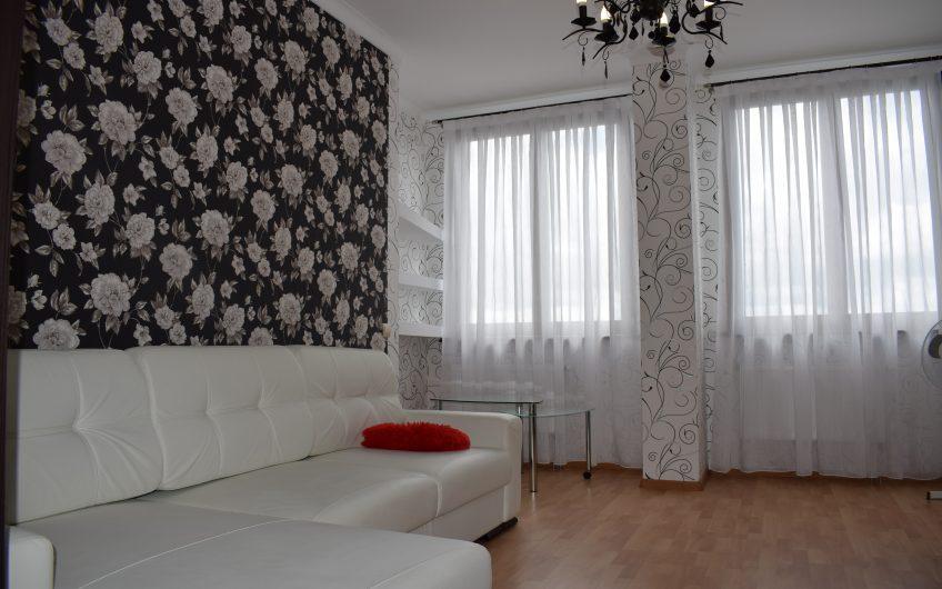 2-комнатная квартира, ул. Захарова, 24