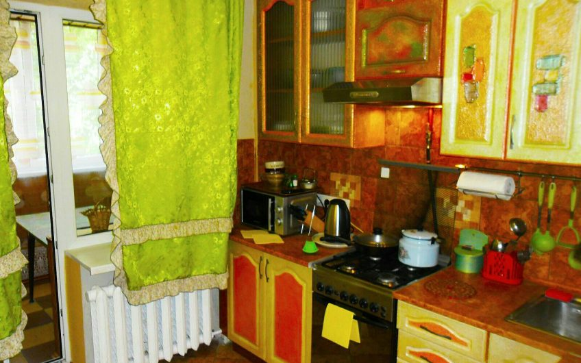 3-комнатная квартира на сутки,часы,командировки,сессии в центре Бреста, ул. Карбышева, 76/1