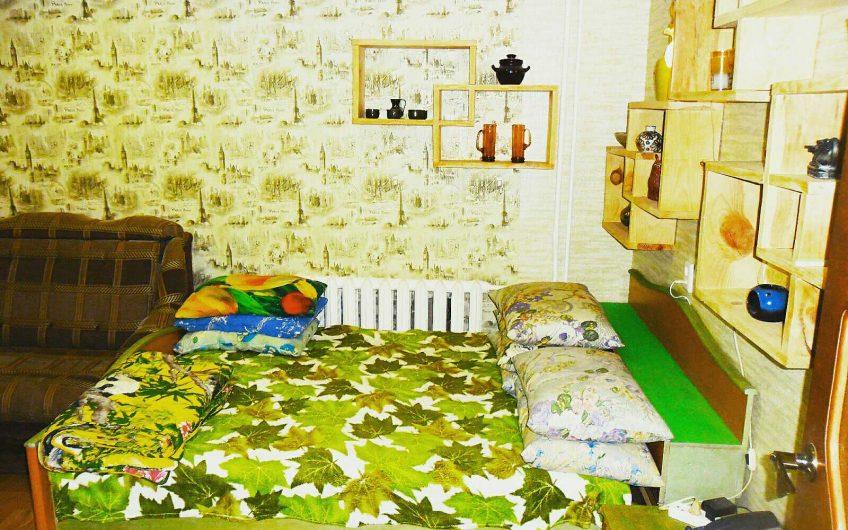 1-комнатная квартира на сутки,часы,командировки,сессии, ул. Молодогвардейская, 4