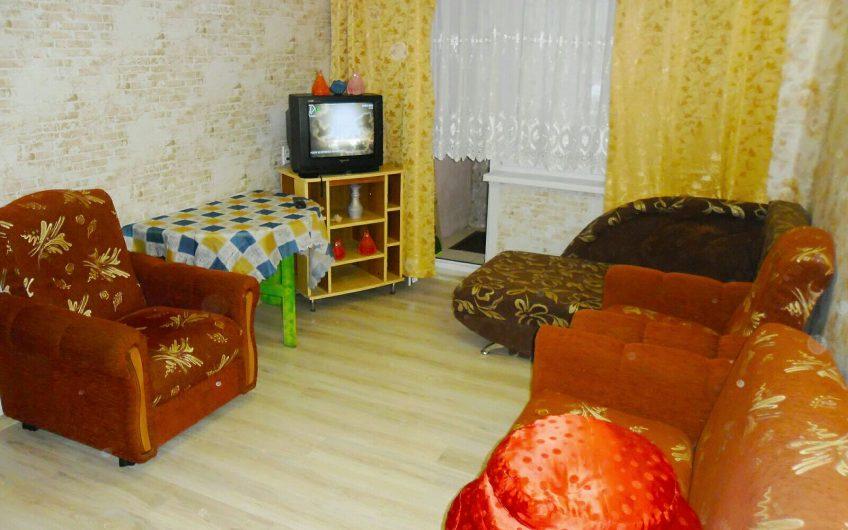 1-комнатная квартира, ул. Сов. Конституции, 19
